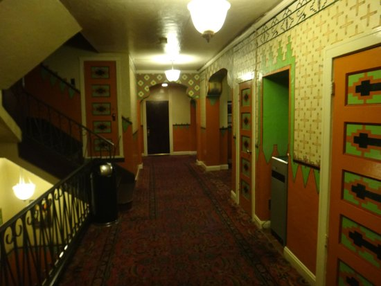 The Historic Hotel Congress : Hotel's corridors.
