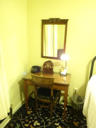 The Historic Hotel Congress : *Shipster desk with radio.