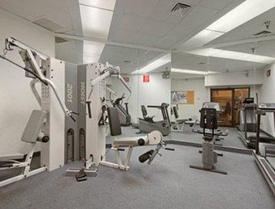 Days Inn Lanham Washington D.C: Fitness Center