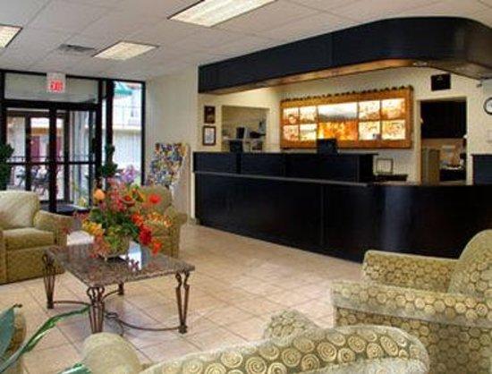 Days Inn Luray Shenandoah: Lobby