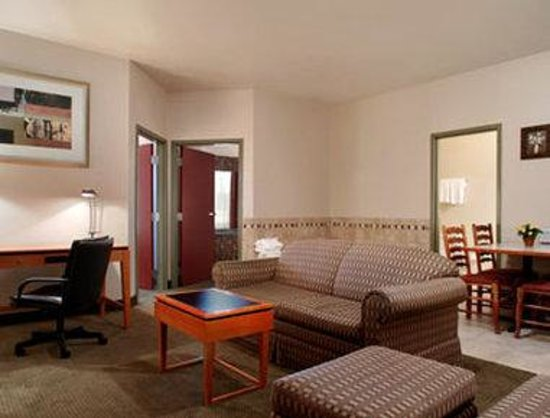 Days Inn Luray Shenandoah : Suite Two Bedroom