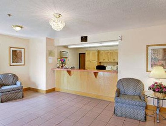 Days Inn Villa Rica: Lobby