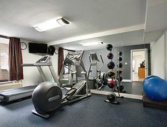 Days Inn Raleigh Beltline: Gym/Fitness Center