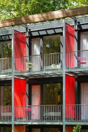 V-Hotel: Hotel außen