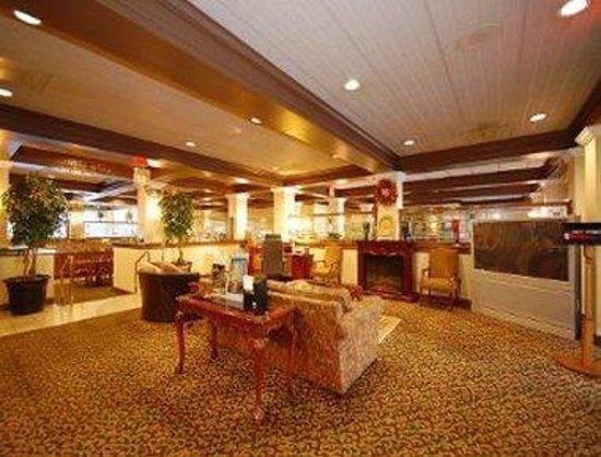 Days Inn Asheville/Mall: Lobby