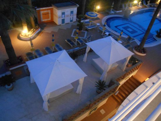 Hotel Olimpico: La piscine