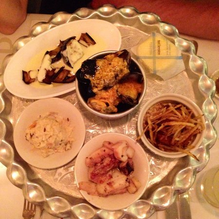 Balthazar's Keuken: The tapas style platter entree