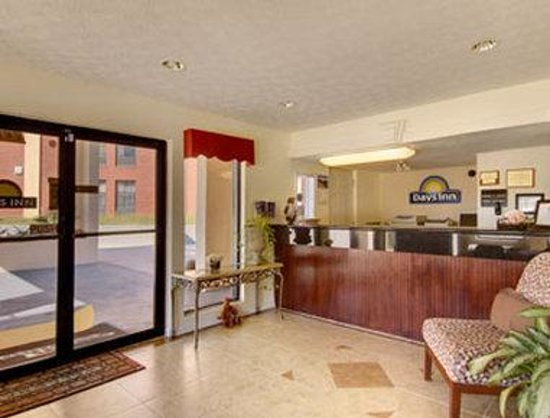 Days Inn Douglasville-Atlanta-Fairburn Road : Lobby