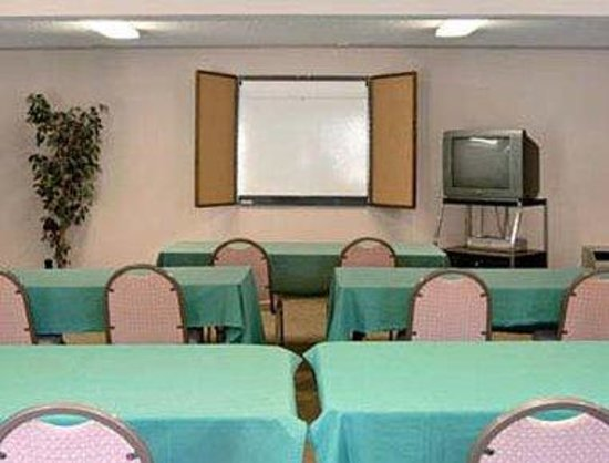 Days Inn Downtown Aiken : Meeting Room