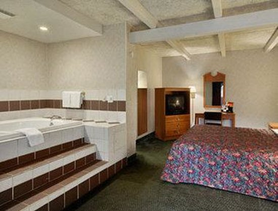 Hotels With Jacuzzi In Room In St Louis Missouri