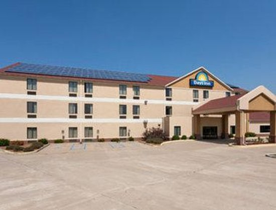 Welcome to the Days Inn Jefferson City
