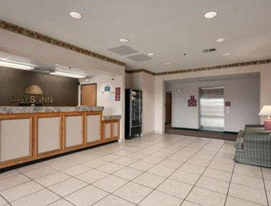 Days Inn Jefferson City : Lobby