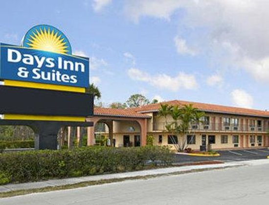Days Inn & Suites Orlando/UCF Area Research Park: Days Inn & Suites Orlando/UCF Area Research Park