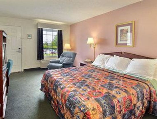Days Inn Simpsonville: Business Executive Guest Room