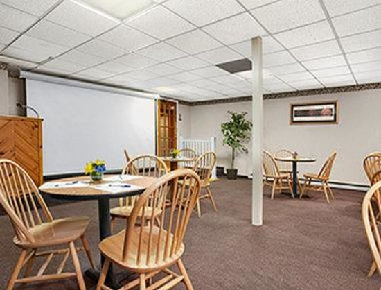 Days Inn Harrisonburg : Meeting Room