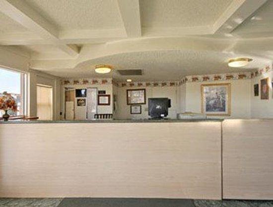 Days Inn King City: Lobby