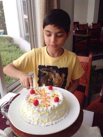 Ramada Khajuraho: Cake time ...