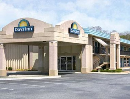 Welcome to the Days Inn Athens