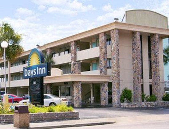 Days Inn Myrtle Beach-Beach Front: Welcome to the Days Inn Myrtle Beach