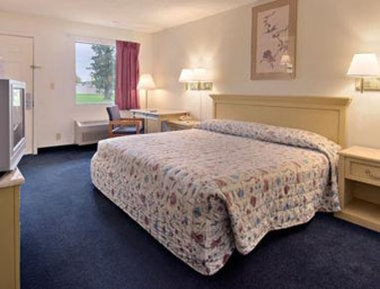 Mid Ohio Inn: Standard King Bed Room