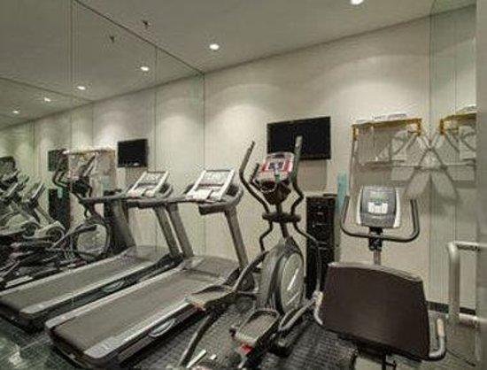 Days Inn Hotel New York City-Broadway: Fitness Center