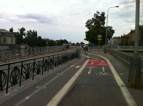 Premier Prague Tours : Bicycles lanes all over the city