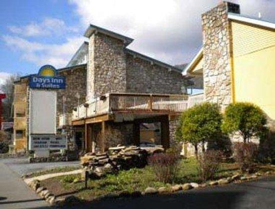 Days Inn And Suites Downtown Gatlinburg Parkway: Welcome to Days Inn and Suites Downtown Gatlinburg Pkwy