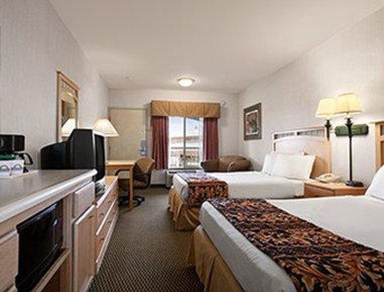 Days Inn Rocklin/Sacramento : Standard Two Double Bed Room