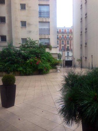 Mercure Paris Gobelins Place d'Italie : L entrée