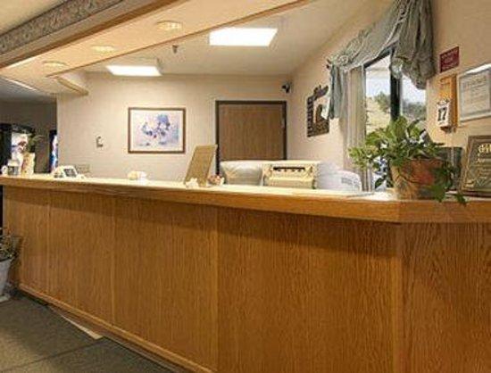 Days Inn Sturgis : Lobby