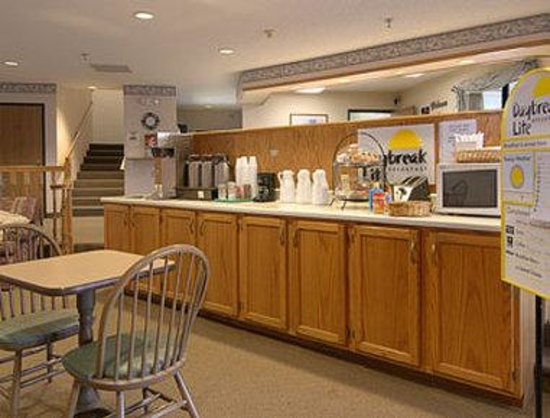 Days Inn Sturgis: Breakfast Area