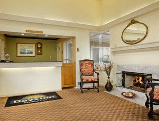Days Inn Newport OR: Lobby