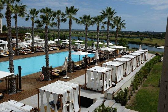 Anantara Vilamoura Algarve Resort: pool area from hotel bar area