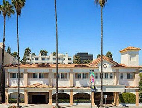 Hotels Near Universal Studios California With Free Breakfast