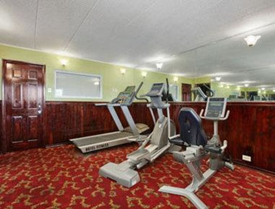 Days Inn Elk Grove Village/Chicago/O'Hare Airport West : Fitness Center