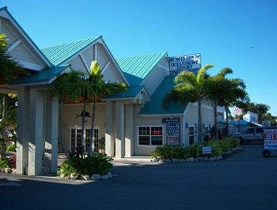 Welcome to the Days Inn And Suites Key Islamorada