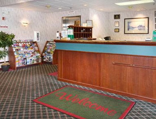 Days Inn Seattle Aurora: Lobby
