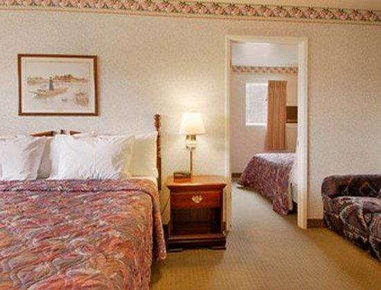 Days Inn Ukiah: Suite