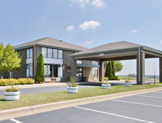 Welcome to the Days Inn Johnson Creek