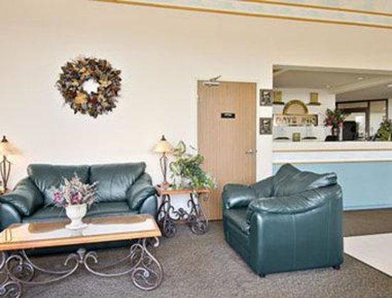 Days Inn Johnson Creek: Lobby