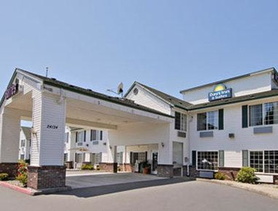 Days Inn & Suites Gresham : Welcome to the Days Inn Gresham