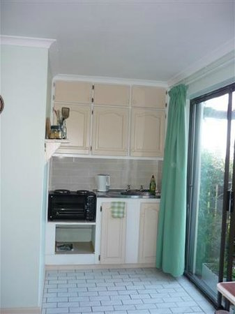 A1 Kynaston B&B: FISHERMANS KITCHENETTE AREA