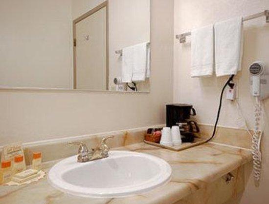Days Inn Kennewick: Bathroom