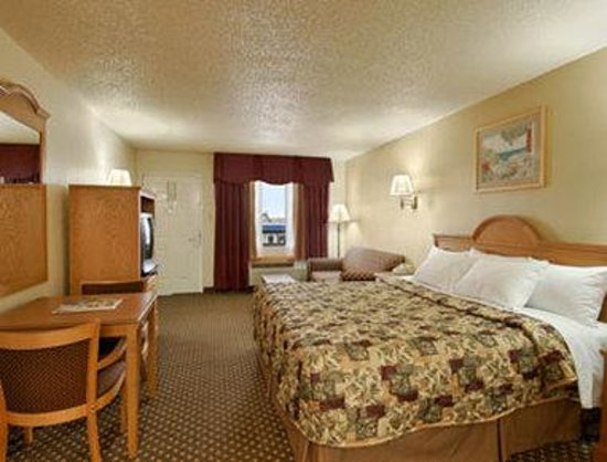 Days Inn San Antonio Interstate Hwy 35 North: Standard King Bed Room