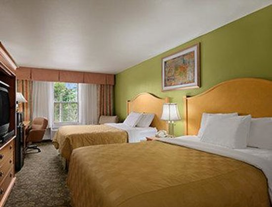 Days Inn & Suites Grand Rapids/Grandville: Standard Two Double Bed Room