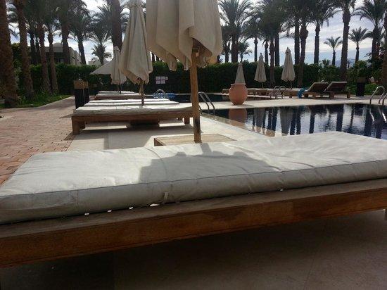SENTIDO Reef Oasis Senses Resort : look at the mattress