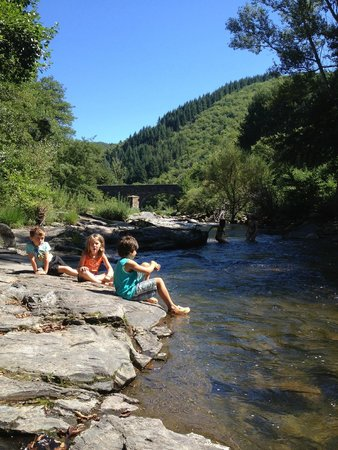 Camping Chantemerle: Swimming time