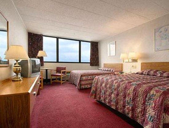 Days Inn Scranton PA: Standard Two Double Bed Room