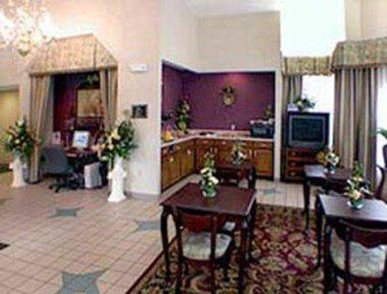 Days Inn Clemson: Area View