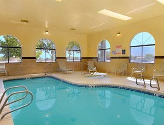 Days Inn Rio Rancho: Pool